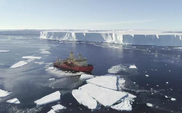 无人潜艇发现南极洲末日冰川恐将脱离大陆